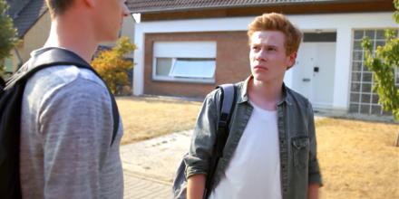 """""""Jungs deprimiert"""" - FREUNDINNEN, RTL 2018"""