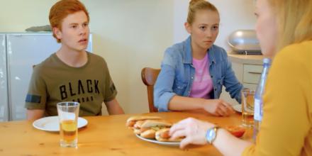 """""""Auch Kids haben `ne Meinung"""" - FREUNDINNEN, RTL 2018"""